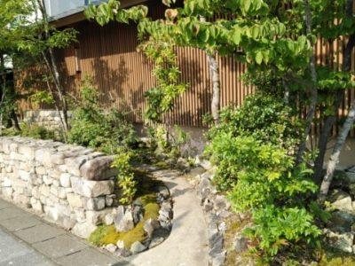 昔ながらの日本庭園