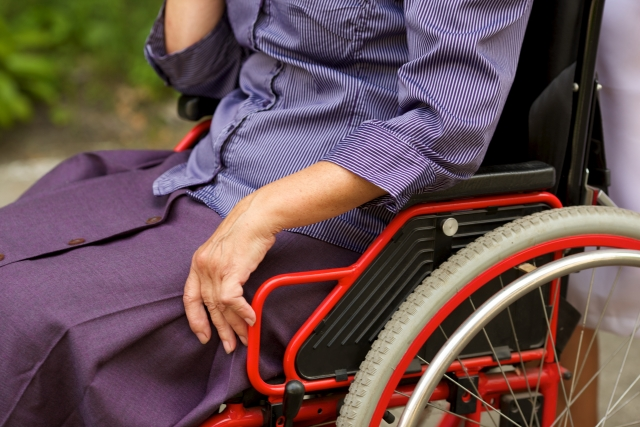 介護を受ける人が過ごしやすいエクステリアを検討