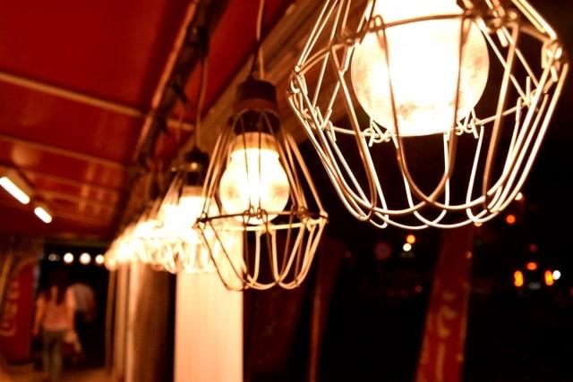 飲食店の外観照明