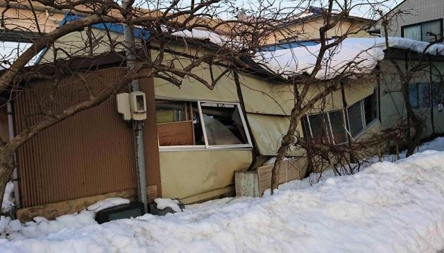 大雪による屋根の雪害