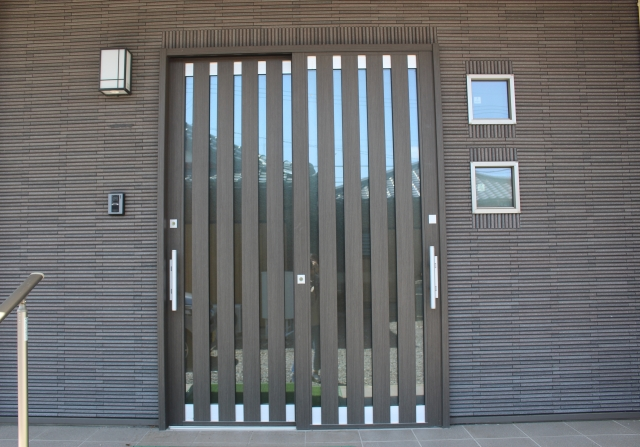 引き戸の玄関